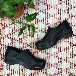 Dansko Black Leather Stapled Pro Mule Clogs